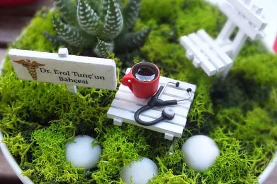 Minyatur Bahce - Tip bayrami - kahve (3)